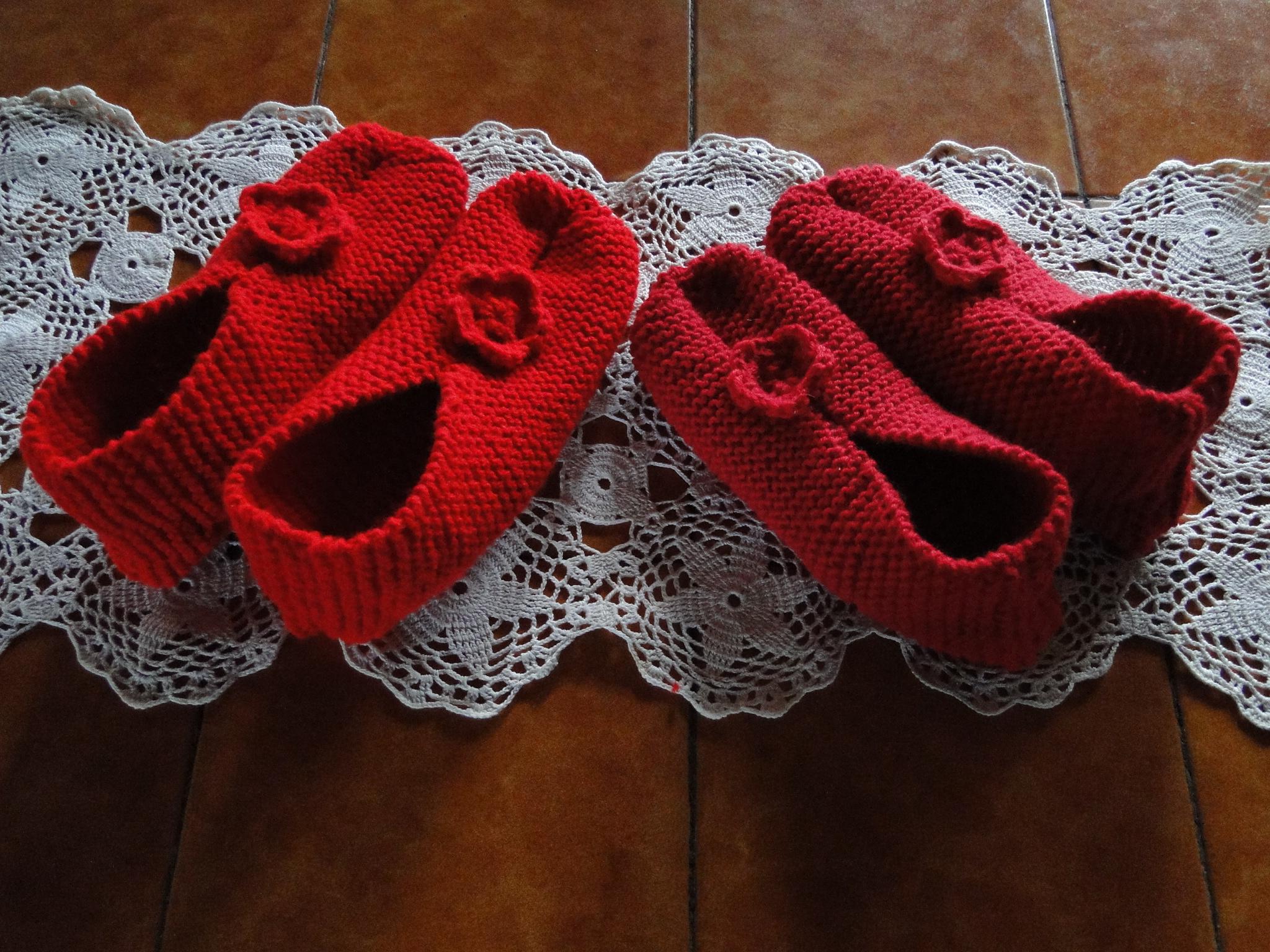 Chaussons adultes facile a faire activit s cr atives - Tricoter des mitaines facile ...